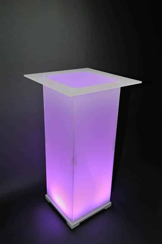 Stehtisch Plexi Opal magenta